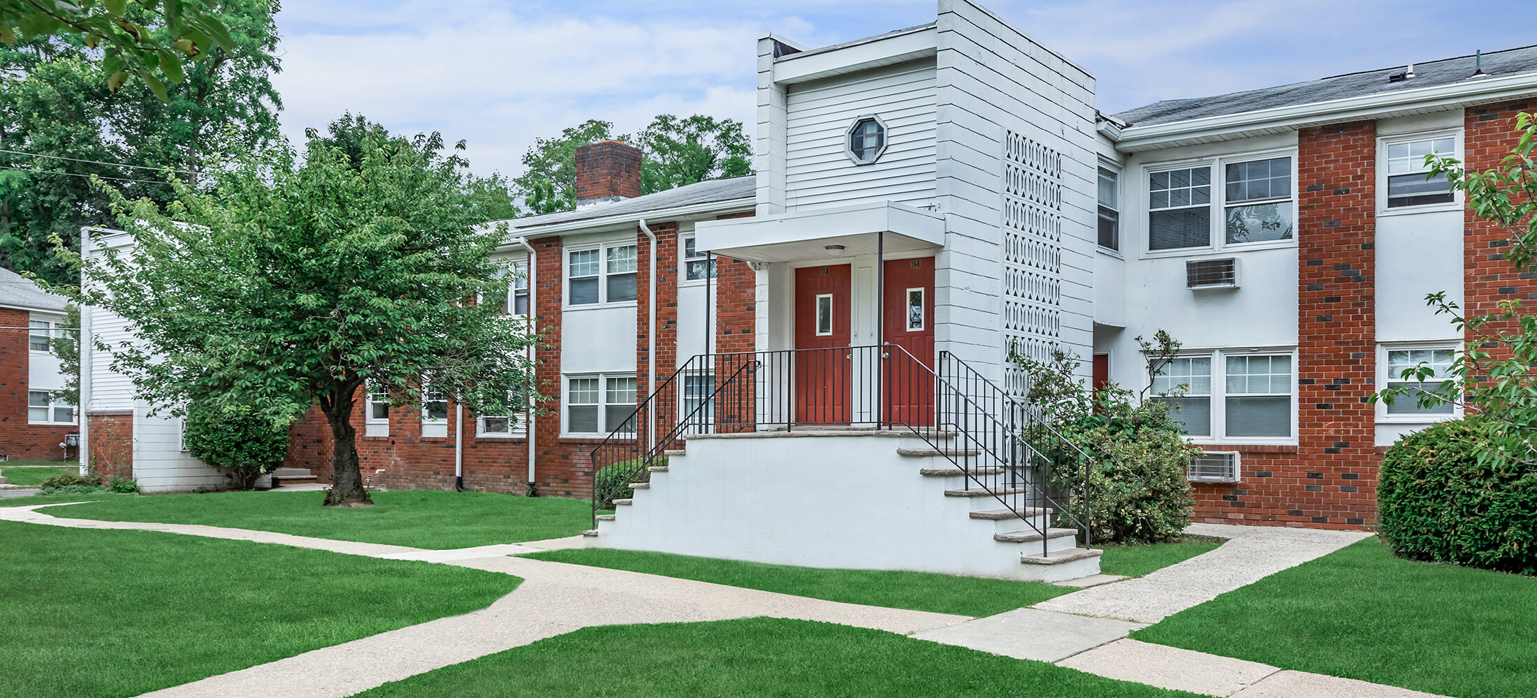 Meadowbrook Gardens - Apartments in Parsippany, NJ